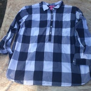 Woman within plaid tunic  Size 1X